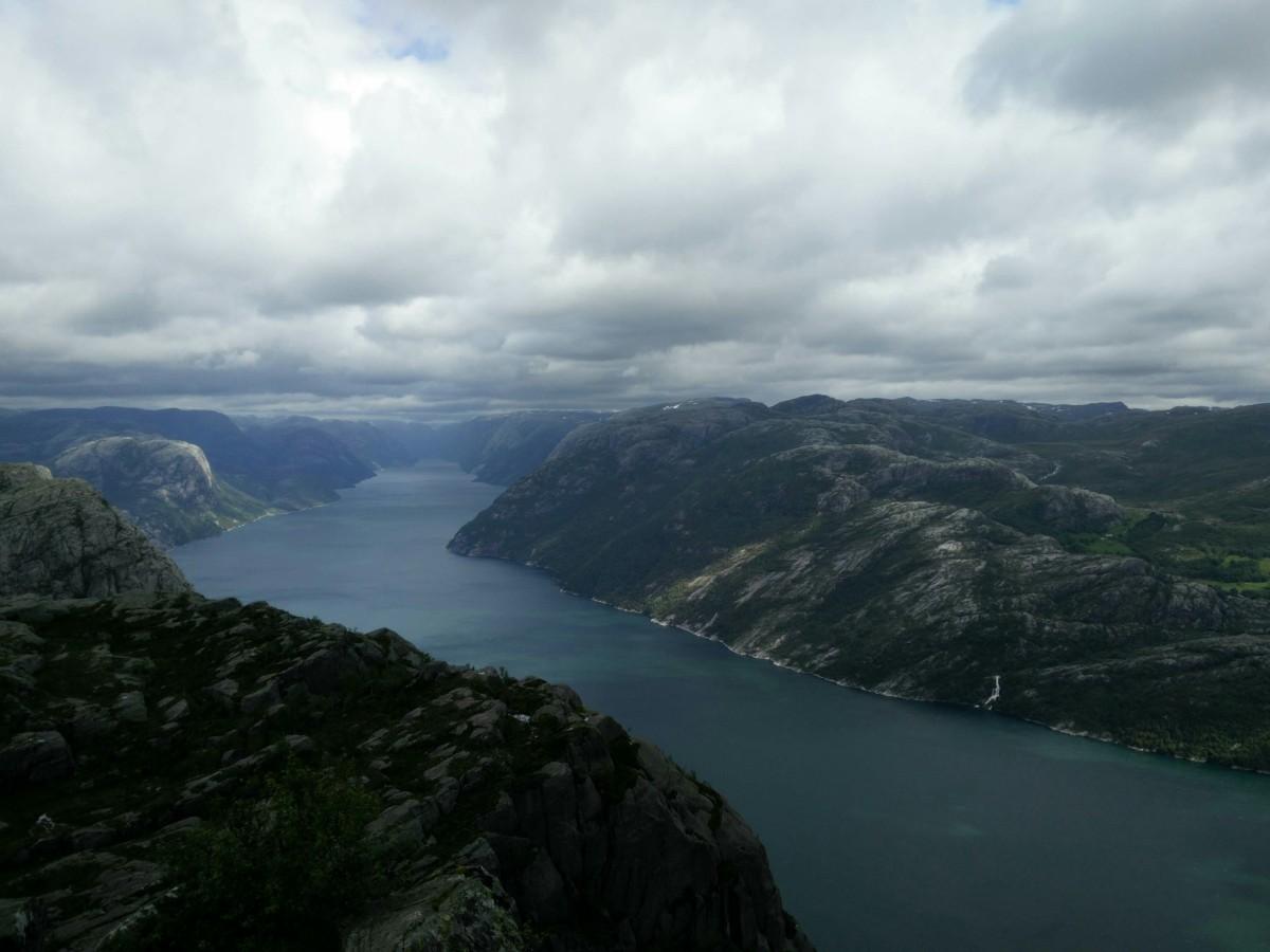 Lysefjord visto desde el Preikestolen